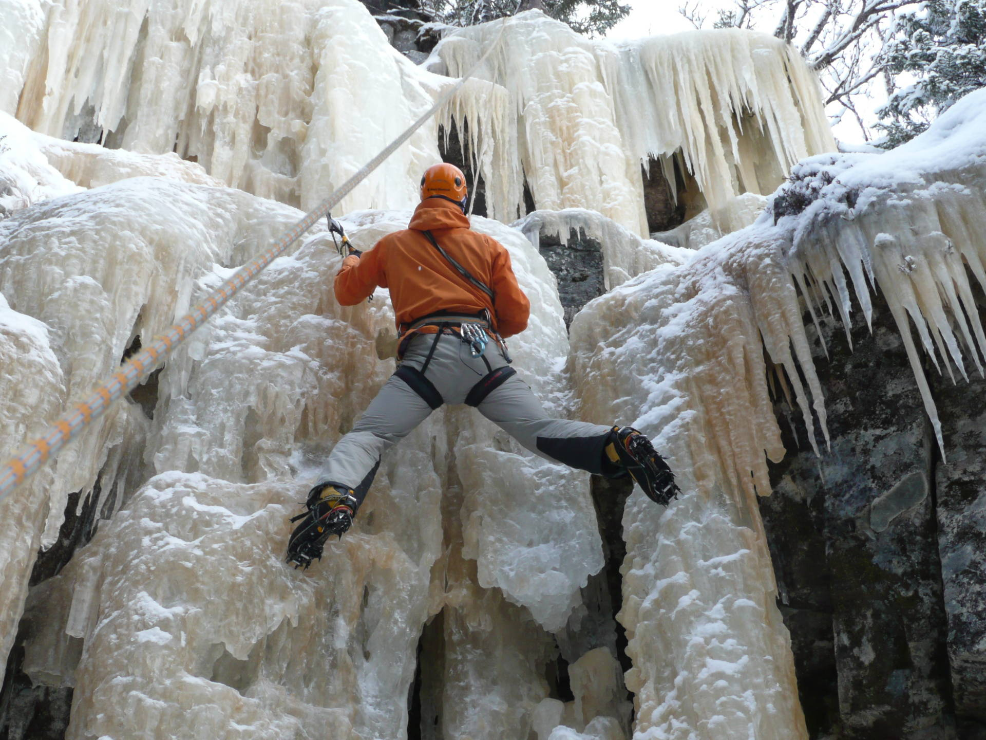 Ice climbing in Åre